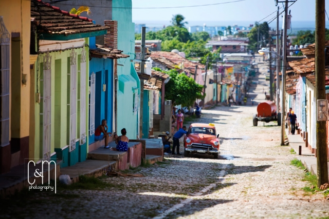 Trinidad, Cuba, travel photo,classic cars,cuban cigar